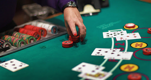 Some Individuals Excel At Casino Poker